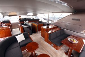 mangusta-80-salon-up